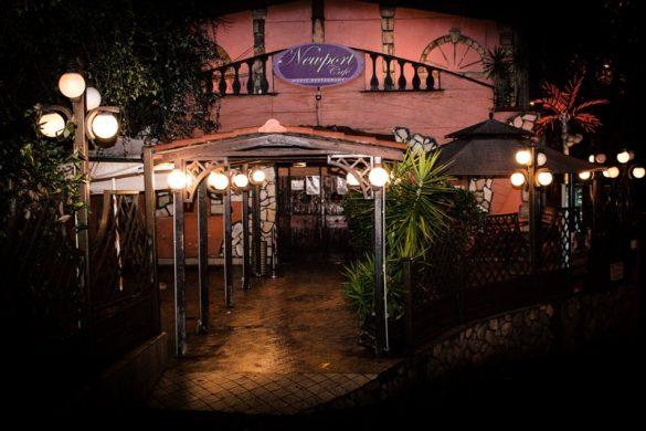 Newport Café