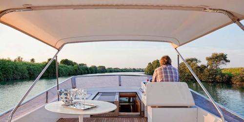 barca yacht esterno