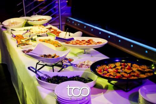 buffet-too-club